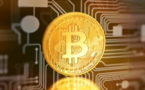 Bitcoin Market Needs More Access to Banking, Credit